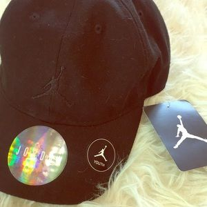 Jumpman black cap new with tags toddler